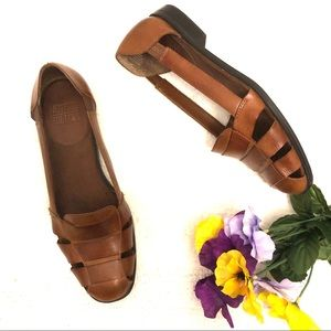 Mootsies Tootsies Mohippie Cut Out Leather Flats